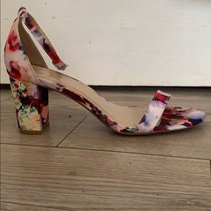 Floral dress shoes.